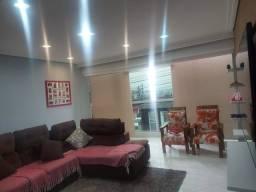 Título do anúncio: Sobrado com 4 dormitórios, 200 m² - venda por R$ 650.000,00 ou aluguel por R$ 2.500,00/mês