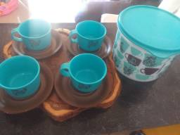Conjunto de xícaras tupperware