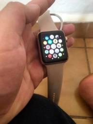Título do anúncio: Apple Watch Rose Serie 3 42mm (Com Arranhado na Tela)