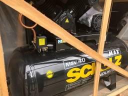 Compressor MSV 40 Max Industrial 10HP 40 Pés 353L 220/380V - Schulz