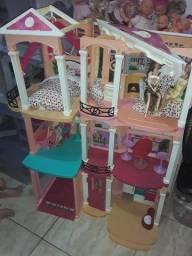 Casa da barbie (tenho duas dessa)