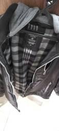 Vendo jaqueta tamanho M. Excelente pra anda de moto.