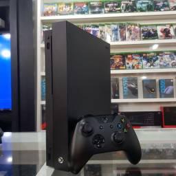 Xbox One X seminovo 1tb