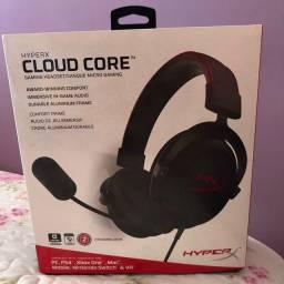 Fone de ouvido gamer HyperX Cloud Core