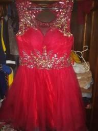 Vende-se um vestido