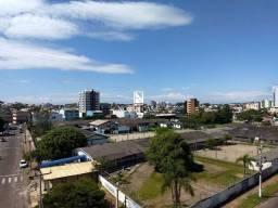 Apartamento com 02 dormitórios sendo 01 suíte no centro de Torres/RS
