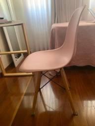 Cadeira Eiffel Rosa