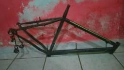Bicleta (Quadro Caloi) 60,00