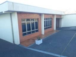 Residência á venda no Bairro Sabará