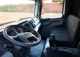 VW constellation 24250 - 2011 comprar usado  Anápolis