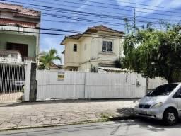Casa Sobrado no bairro Azenha
