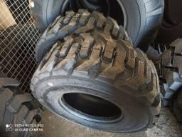 Vendo 2  pneus de retro escavadeira 14-17.5 novos