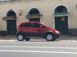 Fiat/Ideia adventure com teto solar