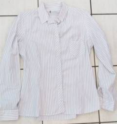 2 camisas sociais