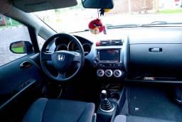 Honda fit em ótimo estado pra pessoas exigentes