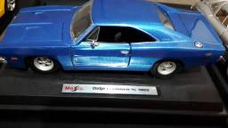 Dodge Charger R/T 1969 (MINIATURA)