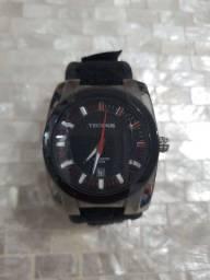 Relógio Technos com pulseira de velcro