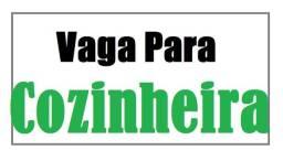 VAGA PRA PRESTADORA DE SERVIÇO  - COZINHEIRA  - COM EXPERIÊNCIA.