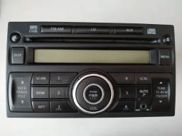 Rádio original Nissan AM/FM AUX e cd mp3