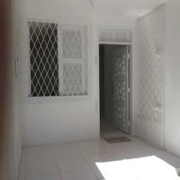Título do anúncio: Casa situada perto do Shopping Center Iguatemi.