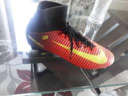 Chuteira botinha Nike 39 Original