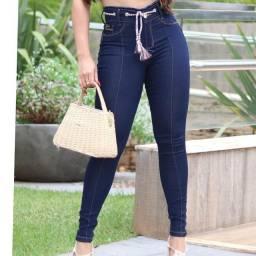 Calças  jeans  novas 40 reais