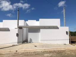 Título do anúncio: Casas no Bairro São José com muro, portão e cisterna