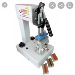 Máquina de fazer chinelo e máquinas de estampar