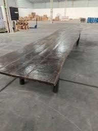 Mesa de madeira ipê
