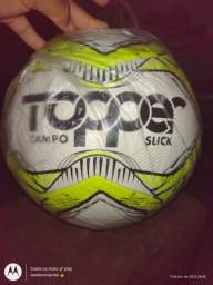 Título do anúncio: Vendo bolas topper slick campo
