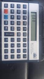 Título do anúncio: Calculadora Financeira  HP 12c platinum, com capa de couro usada