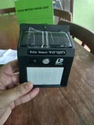 Luminária solar de parede