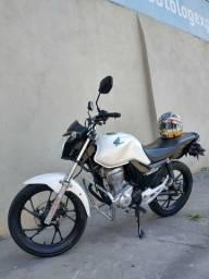 Moto cg start 160 ano 2019 vendo ou troco por algo do meu interesse