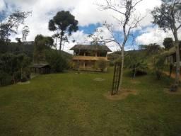 DM- Sitio com Cachoeira em Santa Teresa
