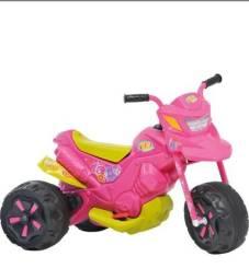 Moto elétrica infantil Bandeirante- R$ 250,00