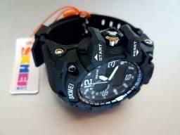 Relógio da marca skmei original, a prova de água, aproveite!