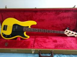 Baixo Yellow Precision Bass Tagima TP4