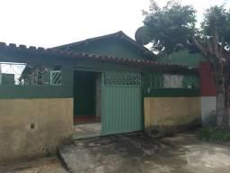 Alugo casa Serra dourada I