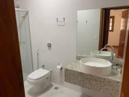 8354   Casa para alugar com 8 quartos em Jardim Alcântra, Londrina