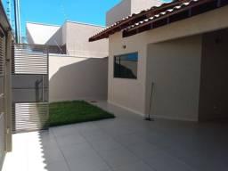 Casa Térrea com 3 quartos sendo 1 suíte