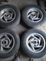 Roda com pneu para Fusca
