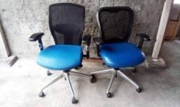 Cadeiras de escritório pó presidencial da marca Marelli 300 reais cada uma