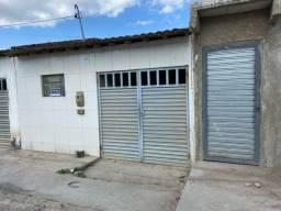 Título do anúncio: Casa com garagem  para vender em excelente  estado