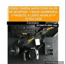 CAMÊRA NIKON D5300, mais LENTE NIKON AF-P 18-55 3 CASE.