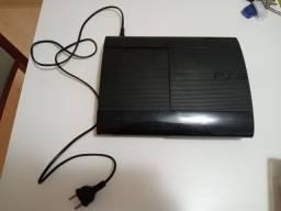 PlayStation 3 usado com 5 jogos.