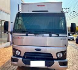 Ford Cargo 816 Baú