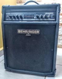Amplificador Behringer Ultrabass 1800