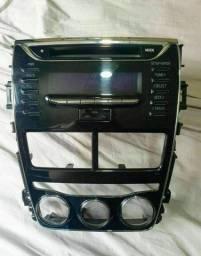 Rádio original do Toyota Yaris