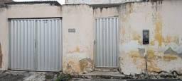 Título do anúncio: Casa com 2 quartos, 1 banheiro, no bairro Kennedy em Caruaru