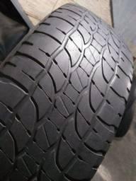 Título do anúncio: 215/65/16,, semi novos marca michellim originais. Muito novos os pneus.